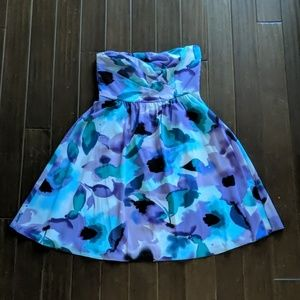 The Limited Strapless Dress with Floral Pattern
